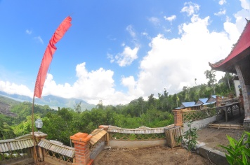 Tiing Bali